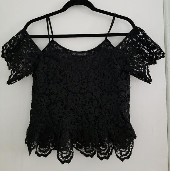 7a5196af554bf Zara Black Over Lace Off-Shoulder Blouse. M 5ab1df0a3afbbd59237ab5eb